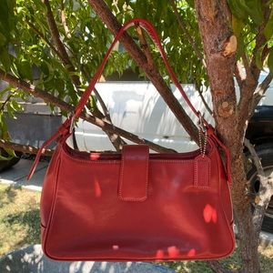COACH Top zip Small Leather Shoulder Bag ❤️❤️
